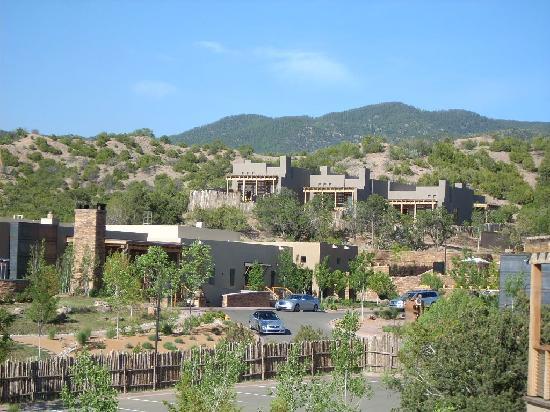 Four Seasons Resort Rancho Encantado Santa Fe: the Hotel beautiful landscaping and design