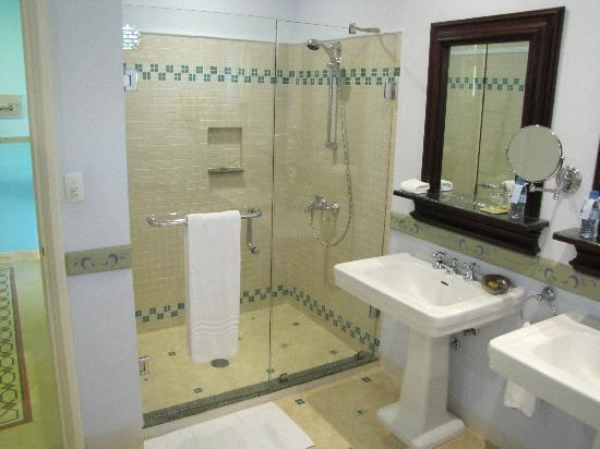 La Veranda Resort Phu Quoc - MGallery Collection: Bad