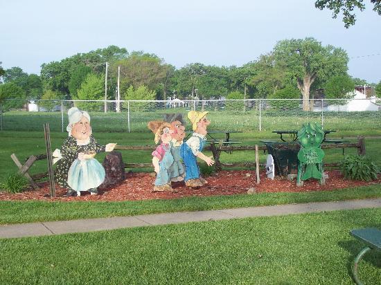 Green Giant Statue Park: Green Giant Park
