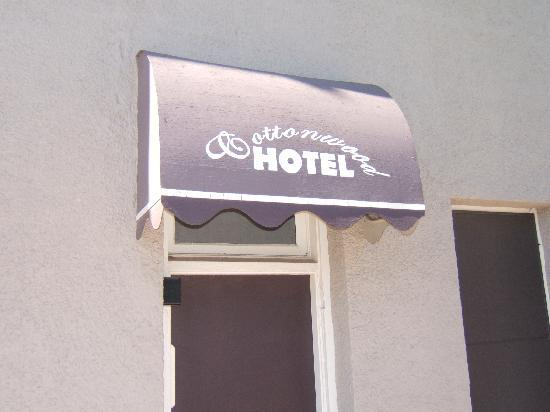 ‪كوتونوود هوتل: Cottonwood Hotel‬