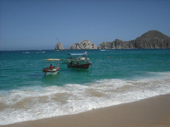 Villa La Estancia Beach Resort & Spa Los Cabos: View from the beach at the hotel