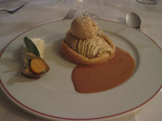 LA RAPIERE : How's this for dessert?