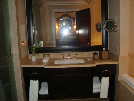 JW Marriott Panama Golf & Beach Resort: Bathroom