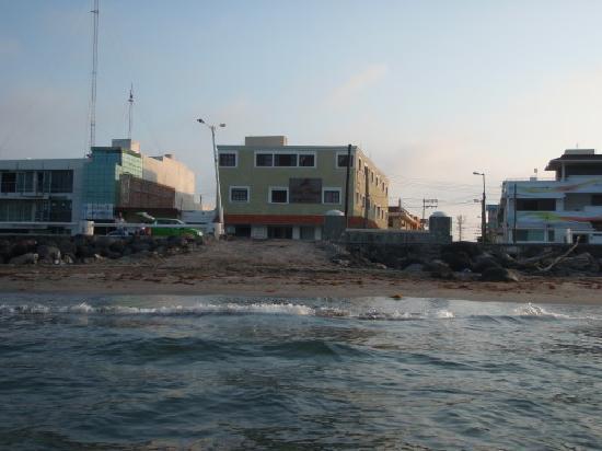 Hotel Playa Veracruz: The hotel from the water