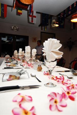 Alberto's Restaurant: Table setting at Albertos