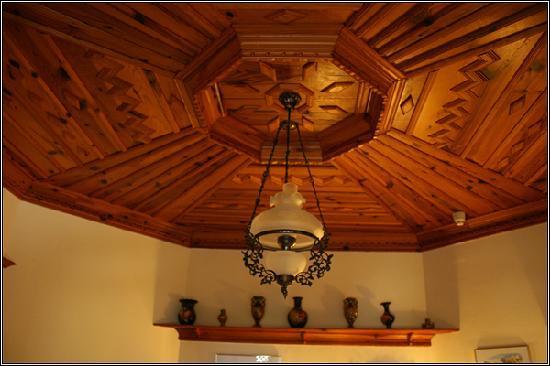 Asur Hotel & Aparts & Villas: ceiling