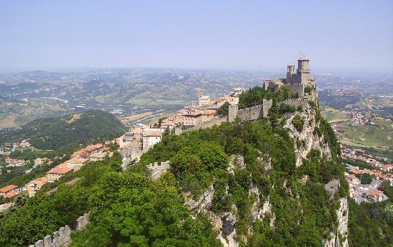 San Marino: La rocca La Guaita e la città