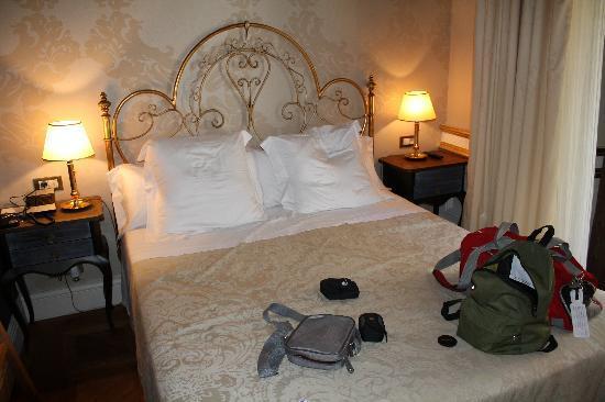 Hotel Casa 1800 Sevilla: camera standard