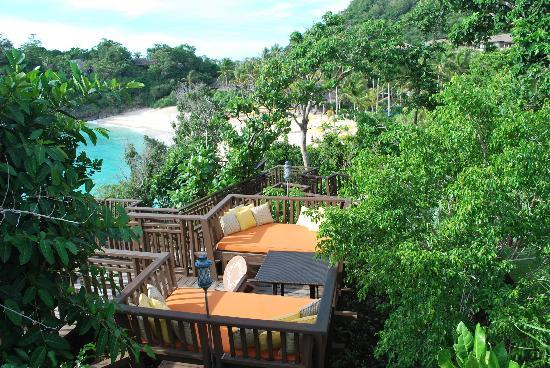 Shangri-La's Boracay Resort & Spa : view from the cliff