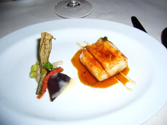 Daniel's Bar & Lounge: thom blanc sauce poulet