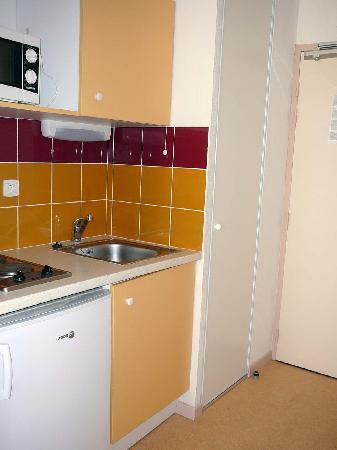 Résidence Le Saint-Clair : kitchenette