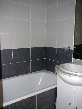 Résidence Le Saint-Clair : salle de bain