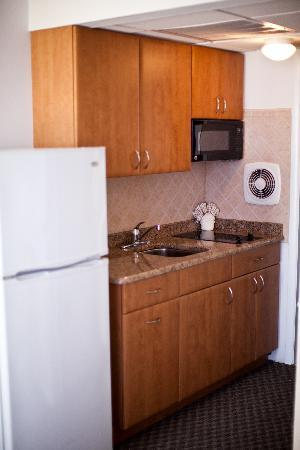 Matador Oceanfront Resort: New 4th Floor Kitchens!