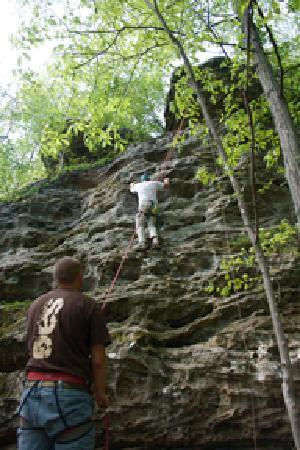 Shawnee Adventure Guides: Rock Climbing in Southern Illinois