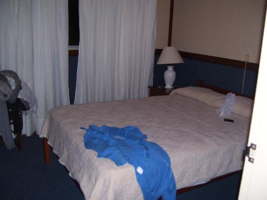 Hotel Leoncia: La habitación