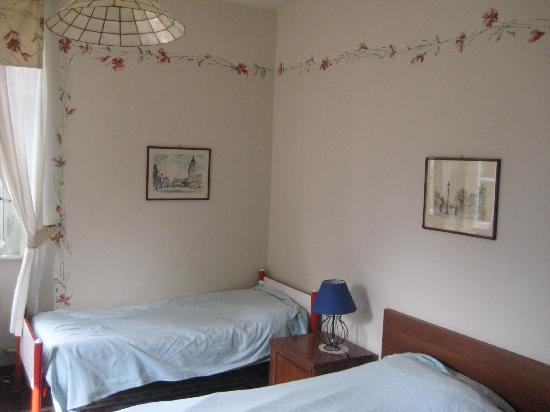 Albergo Trattoria La Vignetta : Familienzimmer Nr. 8 mit Seeblick