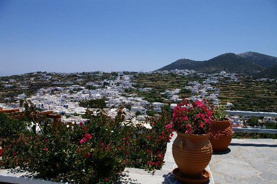 Petali Village Hotel: Apollonia vue de l'hôtel