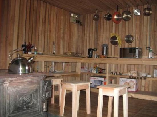 Hostal Coloane: The kitchen