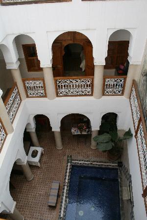 Le Riad Chalymar: The dipping pool.