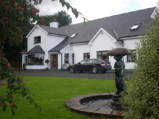 Ballina, Ирландия: Lakeland House B&B