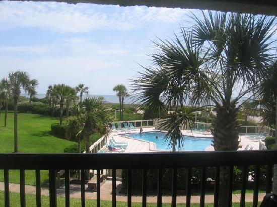 Amelia Surf & Racquet Club: pool/ocean view