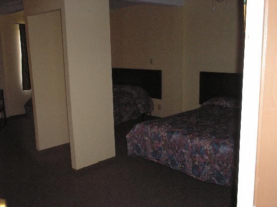 Nites Inn: Clean & Comfortable Room