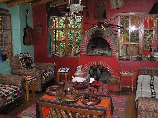 Hosteria Rumichaca: Living Room