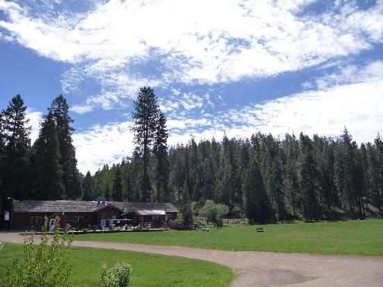 Greenhorn Creek Guest Ranch: Scenery