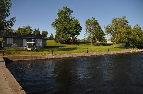 Kawartha Lakes, Canada: ゴルフ場の船着場