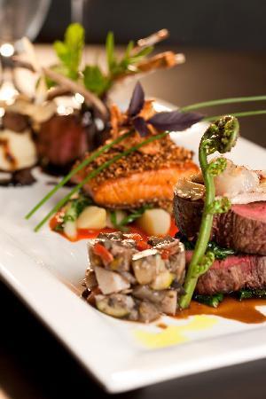 Wai Ora Lakeside Spa Resort: Sensational Pacific Rim Cuisine with NZ native herbs