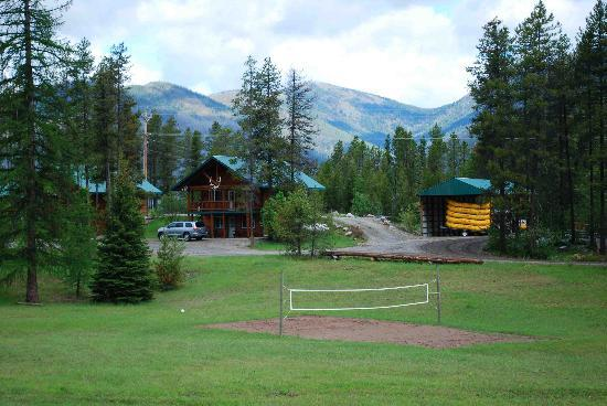 Glacier National Park Cabins & Lodging: Two story cabins