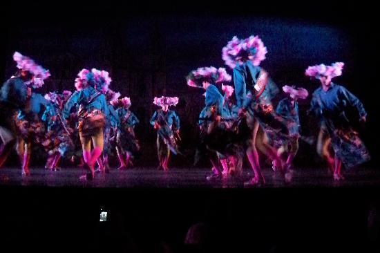 Ballet Folklorico de Mexico: the opening act