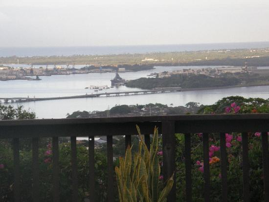 Rainbow Inn: View to Pearl Harbour