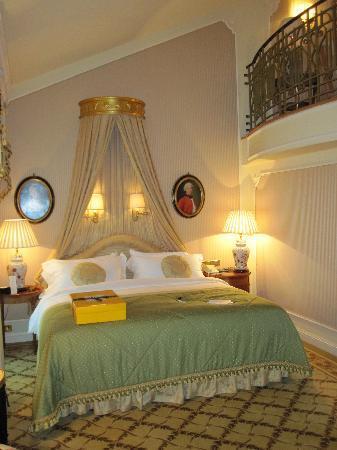 Hotel Imperial Vienna: Bett