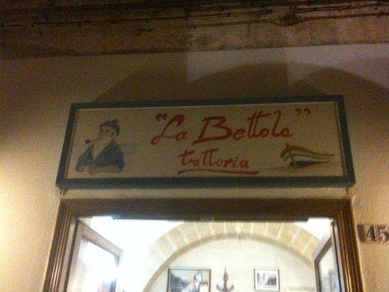 La Bettola - da fuori...