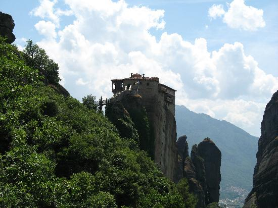 Paou, Grecja: meteora 3hr drive but well worth the effort