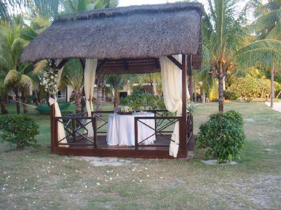 Sands Suites Resort & Spa : The hotel's gazebo where our wedding ceremony was held