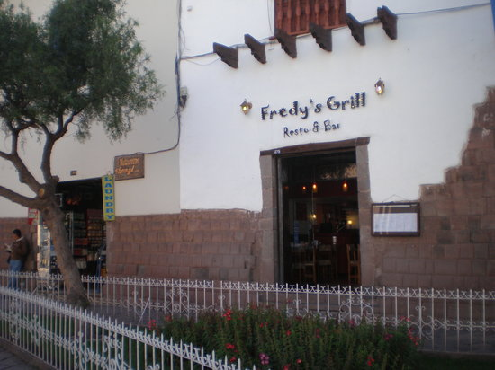 Fredy´s Grill Resto & Cafe : The front of the Rest