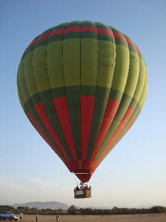 Ciel d'Afrique Hot Air Ballooning : up up and away