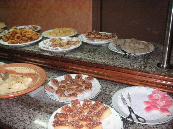 Orient Palace Hotel : Desserts
