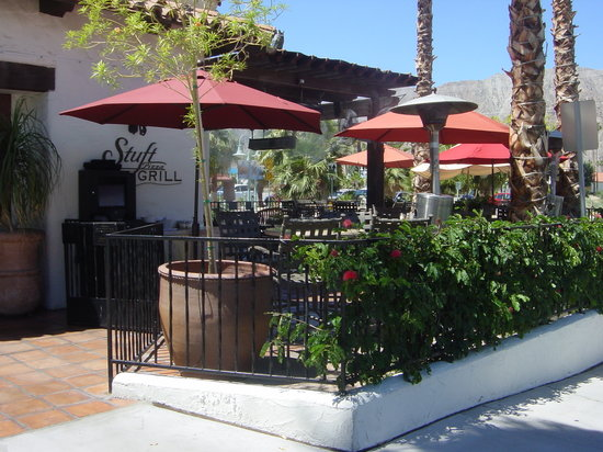 La Quinta, Californien: Stuft Pizza, amazing food, great prices.