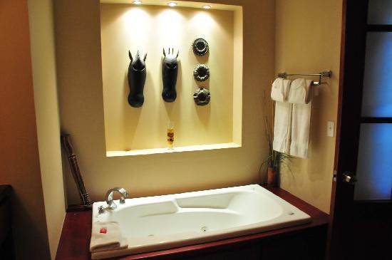La Beliza Resort: Bathroom