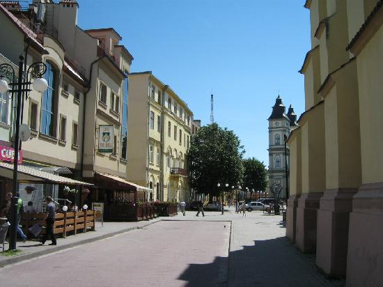 Ivano-Frankivsk, Ukraine: Small street near Sheptytskyi Sq. and Arts Museum