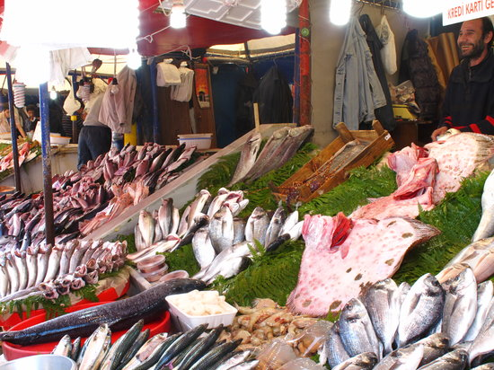 Istanbul, Tyrkia: le marché aux poissons