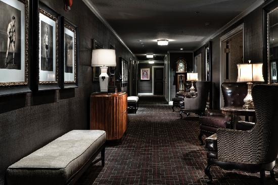 The Los Angeles Athletic Club Hotel: Hotel Hallway