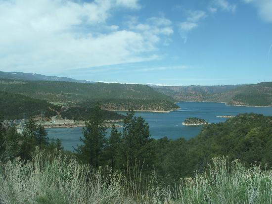 Rock Springs, Вайоминг: a view from the Flaming Gorge drive