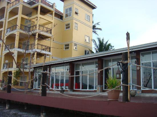 Club Balai Isabel: pavillion / lakefront rooms