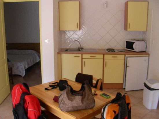 Motel Les Alizes : Zona giorno appartamento