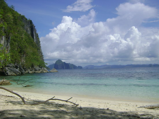 El Nido, Filippinerna: Blue skies
