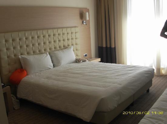 Hotel Parchi del Garda: Familienzimmer, Doppelbett + Zustellbett